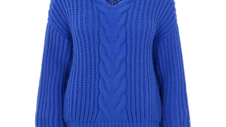 Top 10 oversize'owych swetrów dla 50-latek, w których będą wyglądać obłędnie!