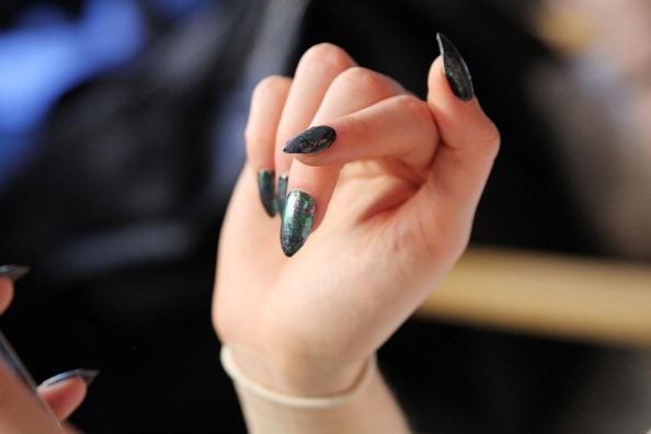 Karnawałowy manicure – poznaj tegoroczne trendy!