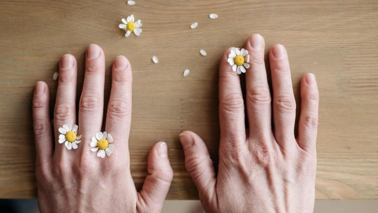 Co wpływa na stan paznokci?
