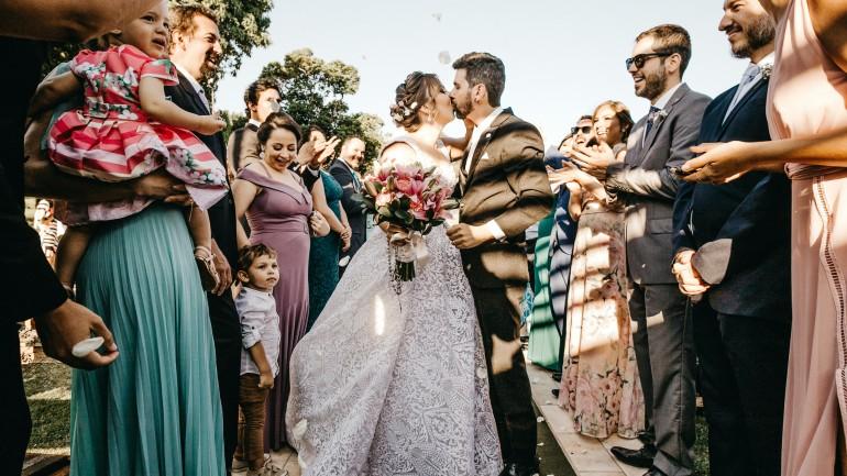 Jak powinna ubrać się na ślub mama panny młodej?